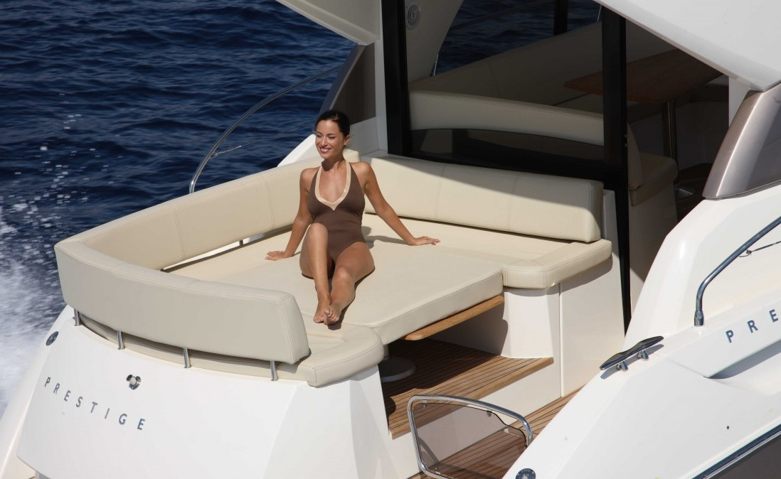 jeanneau prestige 42s location bateau cannes antibes yacht jeanneau free engine image for user. Black Bedroom Furniture Sets. Home Design Ideas